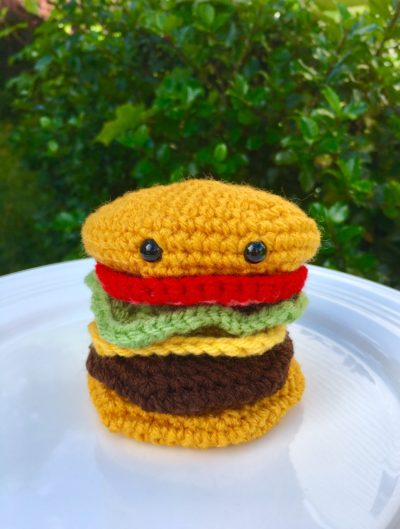 Red Heart Tasty Crochet Hamburgers | Yarnspirations | 529x400