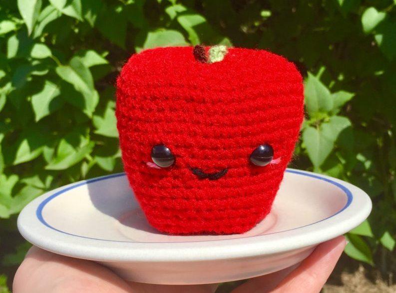 Big Apple Amigurumi - Free Pattern | Craft Passion | 587x793
