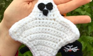 Halloween Scarf CAL (Crochet-Along) Part 2 – Ghost!