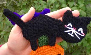 Halloween Scarf CAL (Crochet-Along) Part 4 – Black Cat!