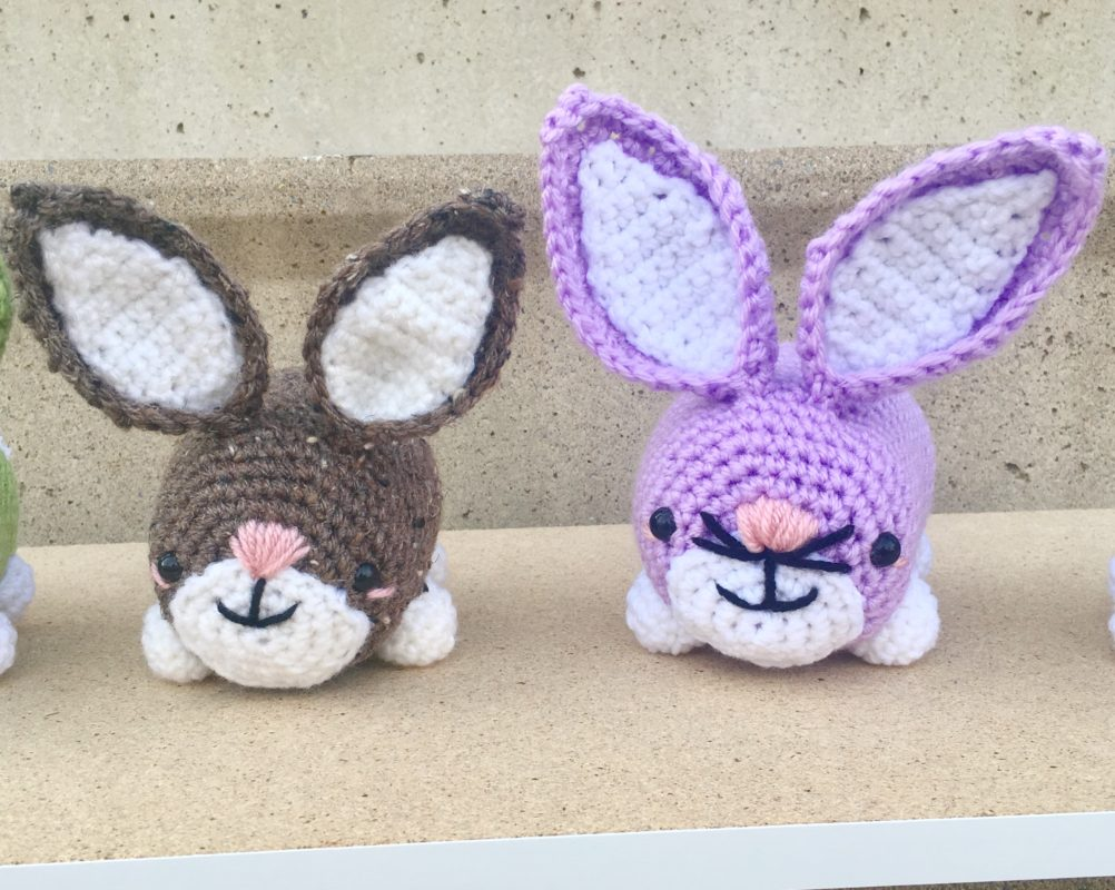 Simple Crochet Bunny Pattern -Easy Easter Gift - A More Crafty Life | 800x1002