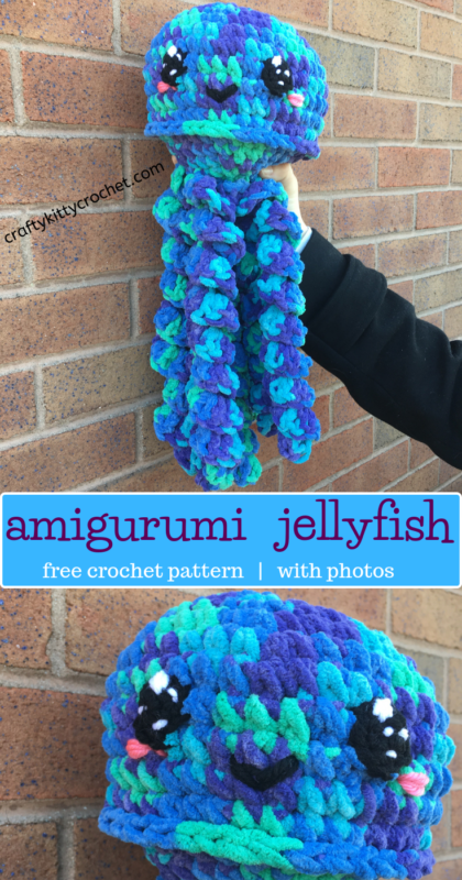 Giant Crochet Jellyfish - Repeat Crafter Me | 800x420